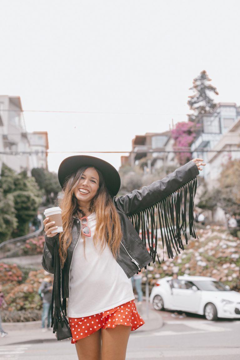 "Prendas de entretiempo para conseguir un look ""california girl"" por María Pintado"