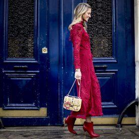 El rojo invade tu calzado de temporada
