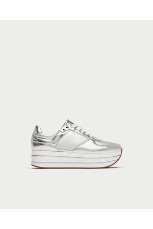 c79eb798846fe Zapatos Con Plataforma de mujer Zara online ¡Compara 97 productos y compra  ahora al mejor precio!