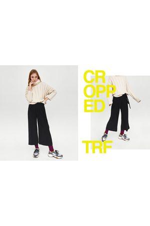 Mujer Pantalones y Leggings - Zara PANTALÓN CROPPED LAZADA LATERAL - Disponible en más colores