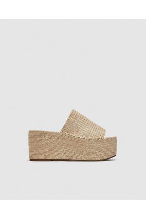 7ba440af61a1f9 Sandalias Con Plataforma de mujer Zara online. ¡Compara 56 productos y  compra!