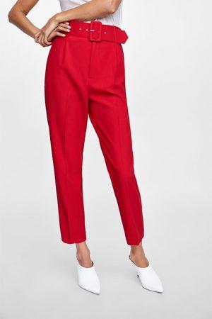 pantalon de zara rojo