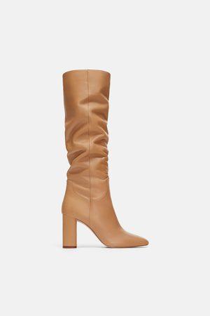 f5d036a7f3f Botas de mujer Zara outlet ¡Compara 185 productos y compra ahora al mejor  precio!