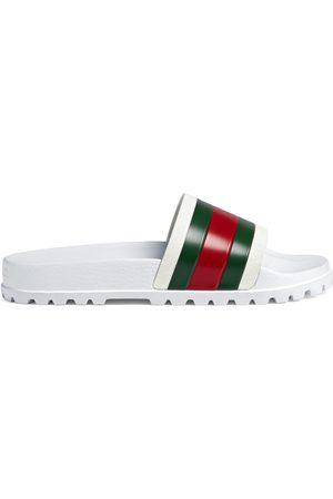 Sandalias de hombre Gucci outlet online ¡Compara 44 productos y ... a2f3e8e96e6