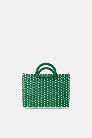 Zara Bolso shopper trenzado bicolor