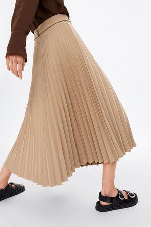 Zara Falda plisada cinturón