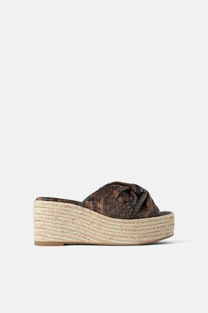 687b5114 Zapatos Cuñas de mujer Zara outlet ¡Compara 131 productos y compra ...
