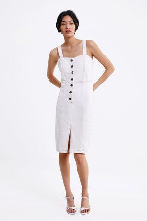 950fb5b0ae Vestidos Vaqueros de mujer invierno Zara.   17 productos. Mujer  Vaqueros   Zara. Zara Pichi denim pespuntes combinados
