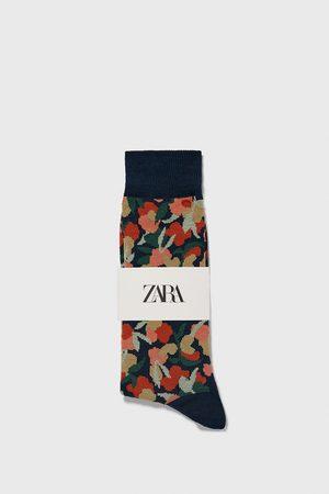 Zara Calcetín jacquard floral