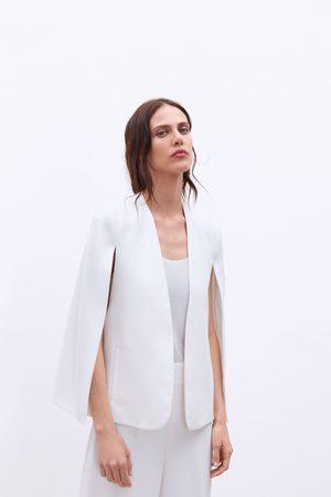 Zara Capa aberturas