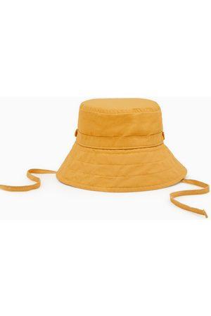 Zara Sombrero cordones