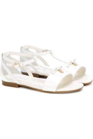 Dolce & Gabbana Sandalias planas con tiras cruzadas