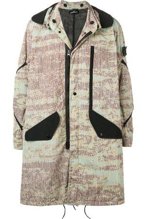 STONE ISLAND SHADOW PROJECT Abrigo estilo parka estampado con capucha