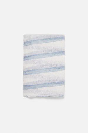 Zara Pañuelo lino rayas