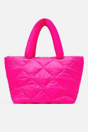 Zara Bolso shopper acolchado flúor