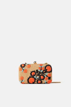 0f0d8df51 Bolsos De Y Zara Precio Mujer Al Mejor Productos Compra ¡compara Ahora  Trenzado 64 eWE9IHDY2