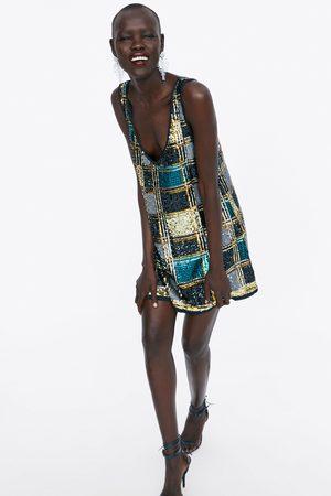 Mujer En El Zara Invicto Reino X Disponibilidad Unido 4R5AjL3q