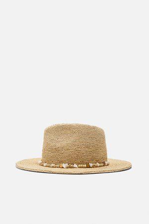Zara Sombrero rafia conchas