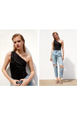 Zara Body asimétrico