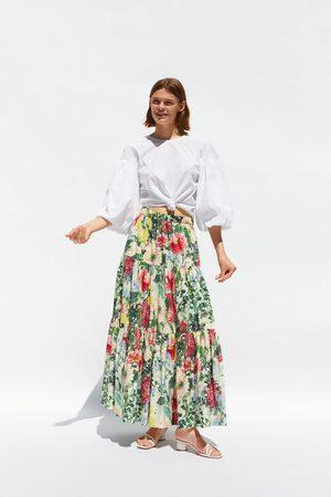 Zara Falda estampado floral volantes