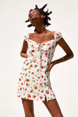f208358431 Vestidos de mujer Zara online. ¡Compara y compra!