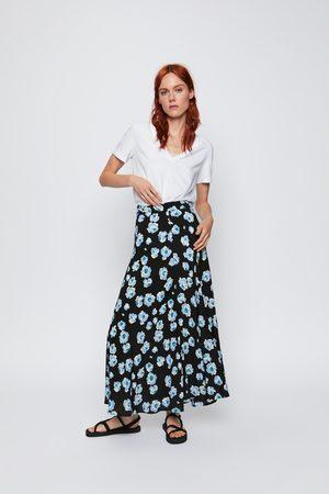 Zara Falda midi flores