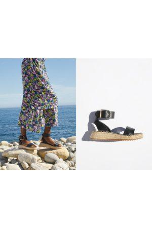 50c74ad2 Zapatos Cuñas de mujer Zara online. ¡Compara 131 productos y compra!