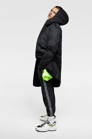 Zara Abrigo plumífero capucha