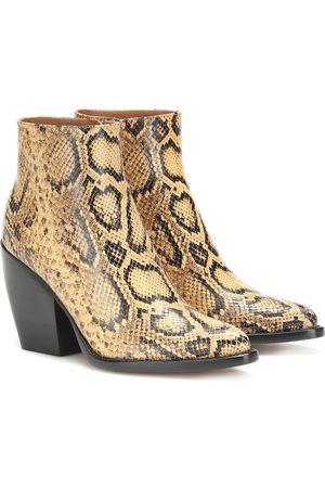 Chloé Exclusivo en Mytheresa – botas Rylee de piel efecto serpiente
