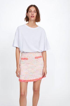 Zara Falda mini acabados desflecados