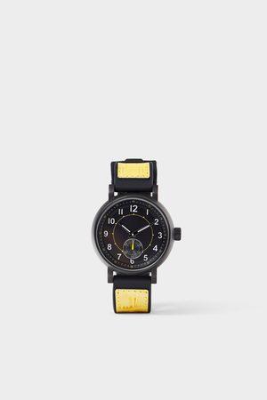 Zara Reloj sport pulsera combinada