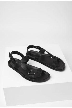 Zara Sandalia tiras negra