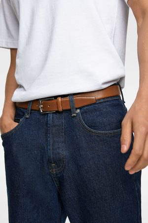 Zara Cinturón piel picados