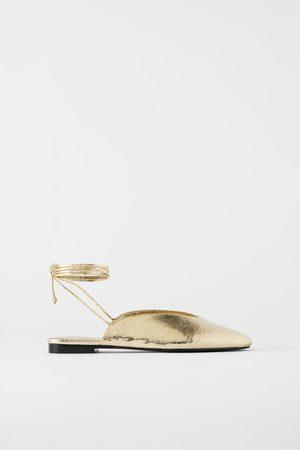 Zara Bailarina metalizada atada
