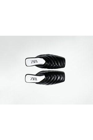Zara Mujer Planos - Mule piel acolchada