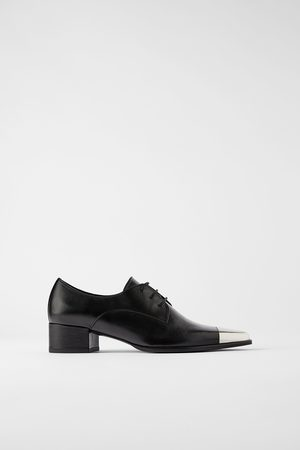 Zara Mujer Planos - Zapato plano piel punta metal
