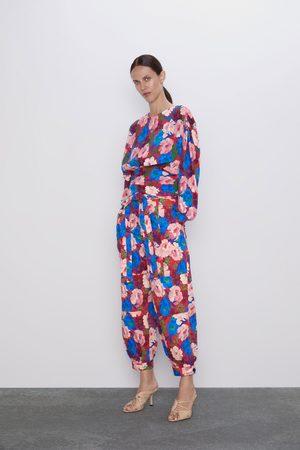Zara Pantalón estampado floral cinturón