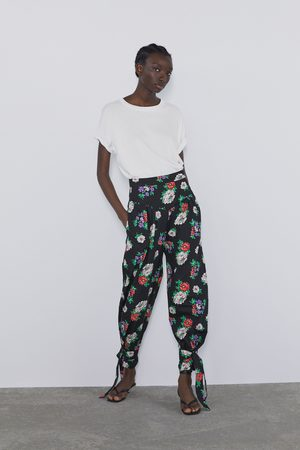 Zara Mujer Pantalones y Leggings - Pantalón estampado floral