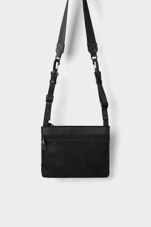 Zara Mini bandolera funcional negra