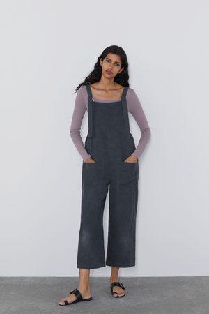 Zara Mono largo bolsillos