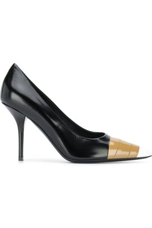 Burberry Zapatos de tacón con detalle de cinta