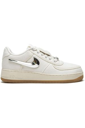 fluir Activamente escribir una carta  Zapatillas de mujer Nike lona | FASHIOLA.es