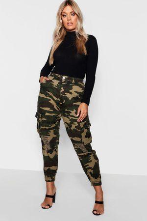 Boohoo Jeans En Denim Con Bolsillo Estilo Militar Rotos Plus, Caqui