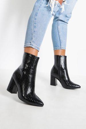 Boohoo Botas estilo calcetín anchas con tacón grueso de cocodrilo