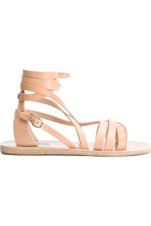 Ancient Greek Sandals Sandalias planas Satira