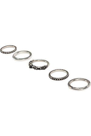 WERKSTATT:MÜNCHEN Combo de cinco anillos con motivo de calavera