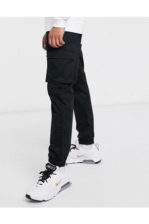 Only & Sons Pantalones cargo de corte slim con bajos ajustados en negro de