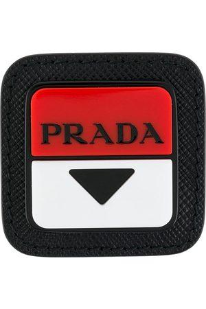 Prada Pin con logo cuadrado