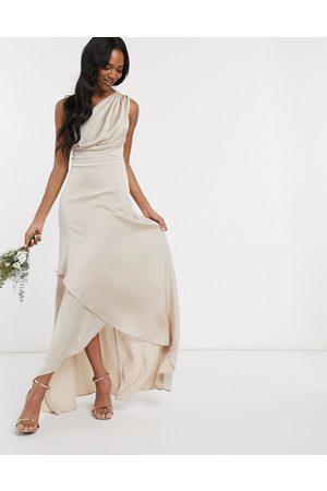 TFNC Vestido largo asimétrico de dama de honor en color visón de -Marrón