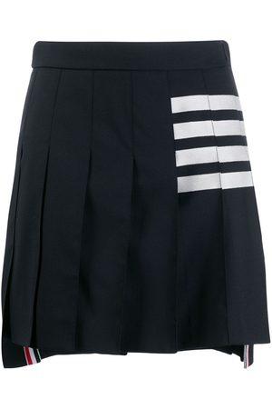 Thom Browne Minifalda plisada con detalle de rayas